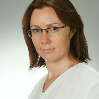 Gydytoja odontologė burnos chirurgė Viktorija Švabauskienė